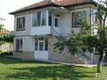 Дом на озеро, до Варна - фото 1