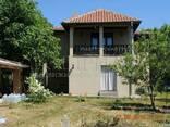 Двухэтажный дом с четырьмя спальнями в 18 км от Варны - фото 4
