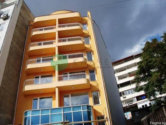 Двухкомнатная квартира в новом здании в центр Варны.