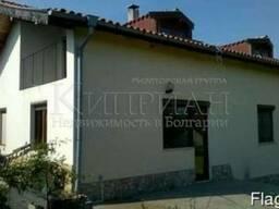 Новый двухэтажный дом в деревне Левски, в 22 км от Варны