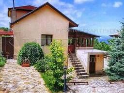 Новый меблированный дом 8 км от Варны с видом на озеро