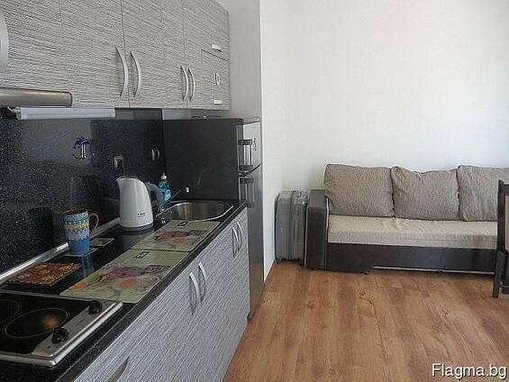 Продается двухкомнатный апартамент с мебелью!