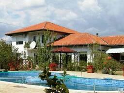 Дом в Болгария, в 20 км от Варна с бассейн