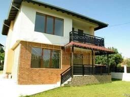 Двухэтажный дом в 15 км от Варны, Болгария