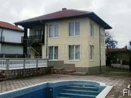 Двухэтажный дом в 3 км от курорта Албена